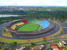 Parque do Sabiá é um dos 30 estádios no Brasil, com capacidade maior que 30 mil pessoas, segundo relatório da CBF